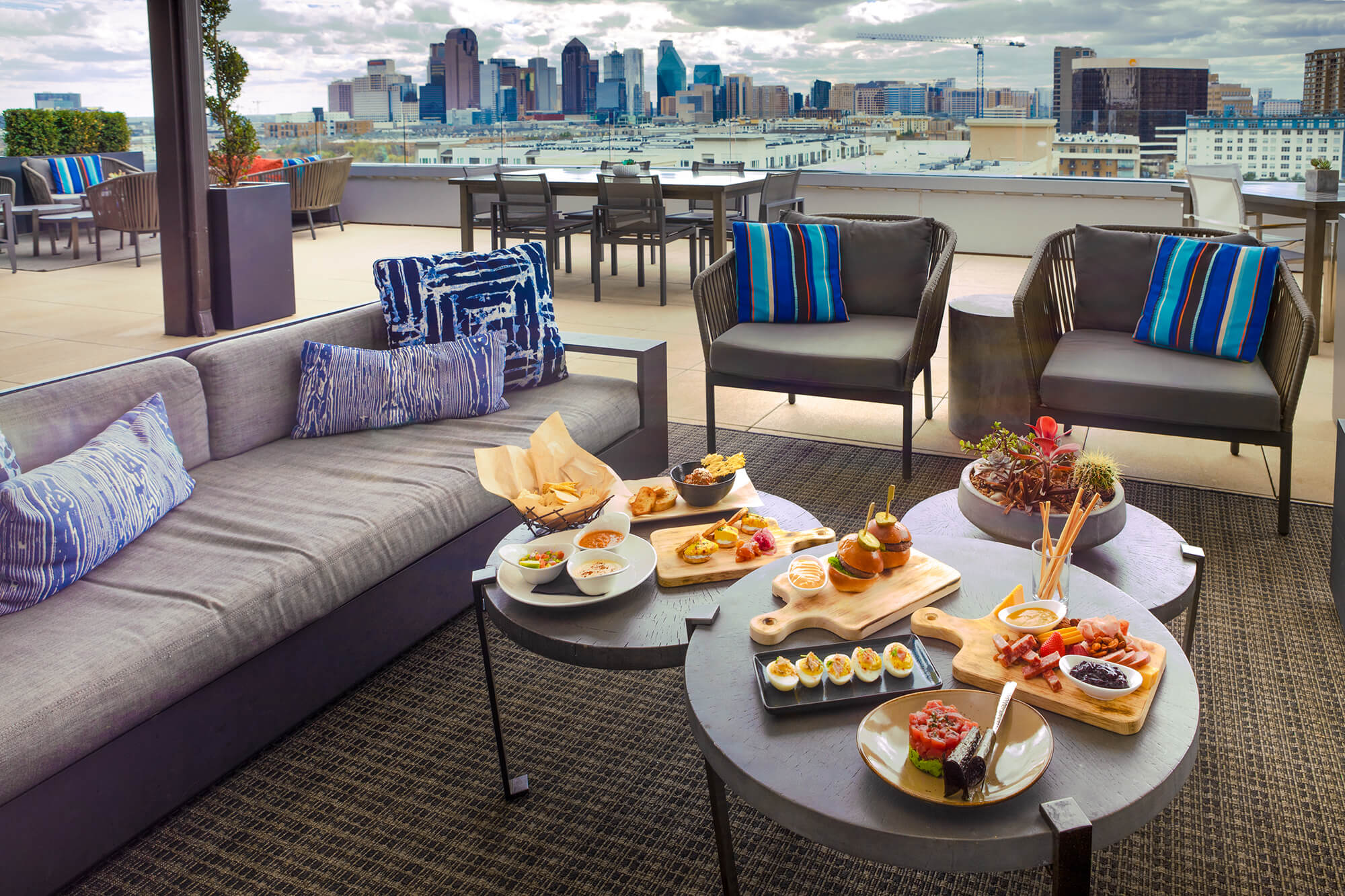 Uptown Rooftop Lounge In Dallas